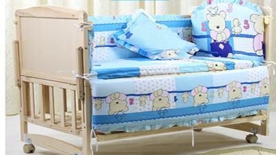 智冠婴儿床