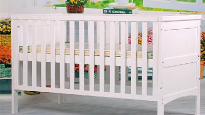 宝利源松木宝宝婴儿床